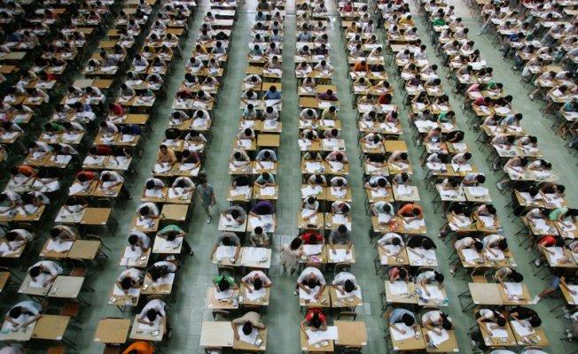 Üniversite 15 dakika kuralı ve  sınav ücretleri nasıl olacak
