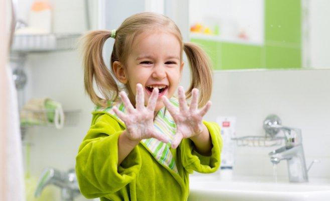 Çocuğunuza el yıkamayı öğretmenin 6 yolu