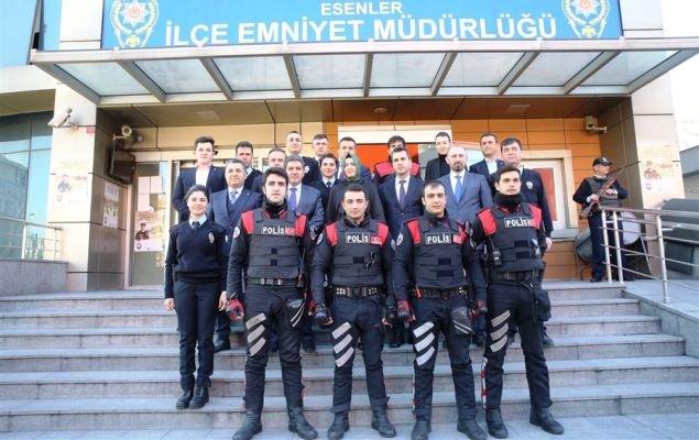 İstanbul'da tüm polis birimleri trafik cezası yazacak