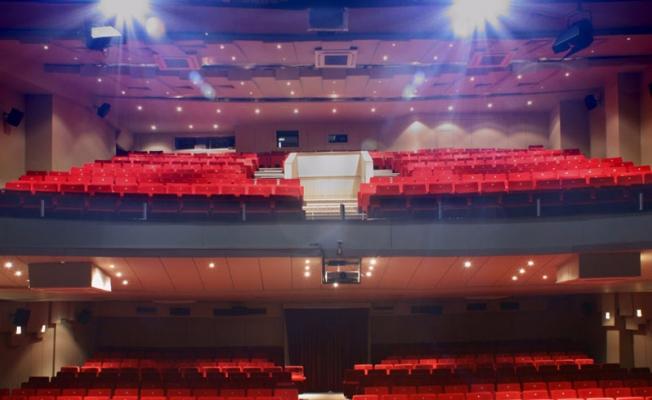 Ataşehir Özel Tiyatro Sahneleri