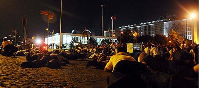 İstanbul Büyükşehir Belediyesi 150 avukatla Silivri'de olacak