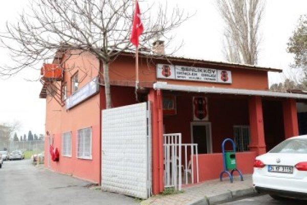 Şenlikköy Stadı