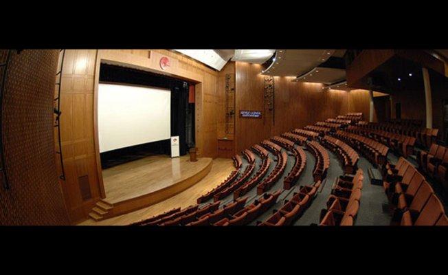 Şişli Özel Tiyatro Sahneleri...