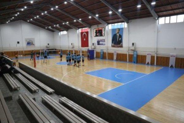 Tozkoparan Spor Salonu