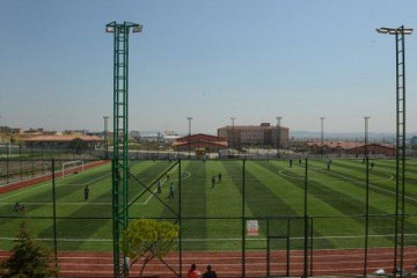 Güllübağlar İMKB Futbol Sahası