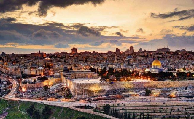 """Zamanın Kudüs'ü Kudüs'ün Zamanı"""