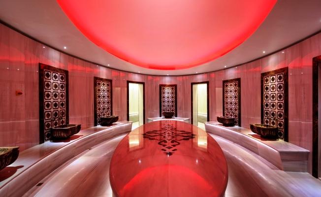 Hilton İstanbul Bomonti Sevgililer Günü'nde Aşk Rüzgârları Estirecek