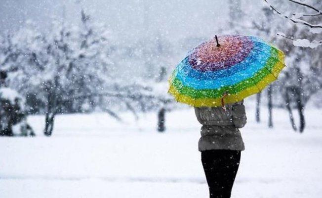 İstanbul'a kar geliyor! Meteoroloji tarihi güncelledi! İşte son dakika hava durumu