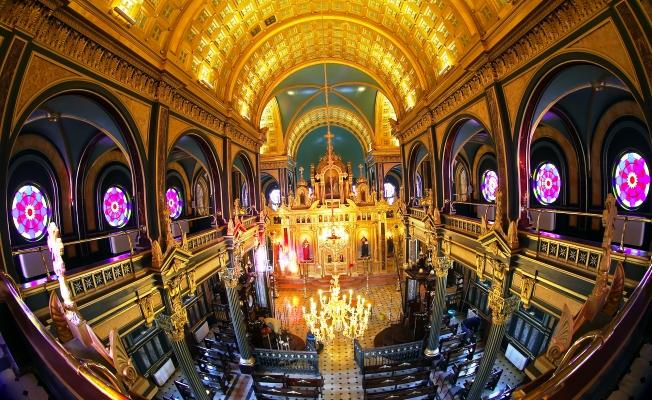 Sveti Stefan (Bulgar Kilisesi) ibadete açıldı