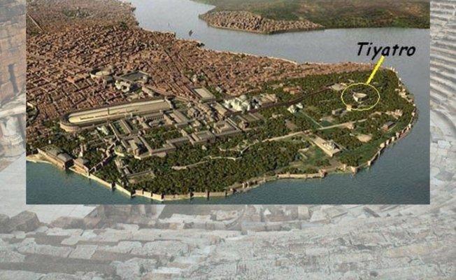 Topkapı Sarayı'nın Bulunduğu Akropol Tepesinden Antikİki Tiyatro
