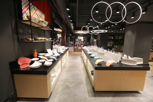 Avrupa'nın en büyük mutfak ekipmanları showroom'u İstanbul'da açıldı