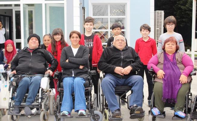 Minik Kalpler Bir Engelliye Umut Oldu
