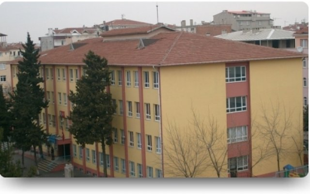 Şehit Beşir Balcıoğlu Ortaokulu