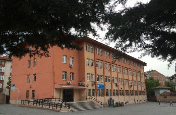 Vali Recep Yazıcıoğlu Ortaokulu Yol Tarifi