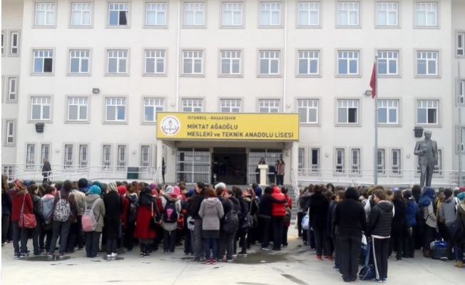 Miktat Ağaoğlu çok Programlı Anadolu Lisesi Nerede Yol Tarifi
