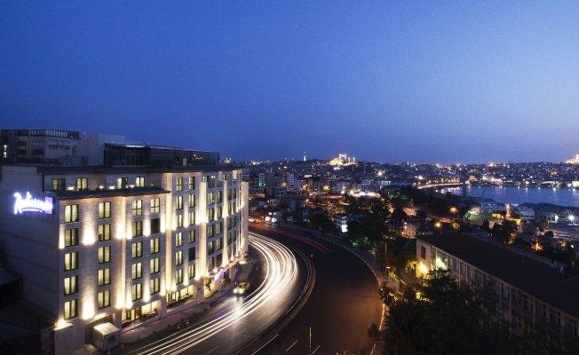 Radisson Blu Hotel İstanbul Pera, Yol Tarifi