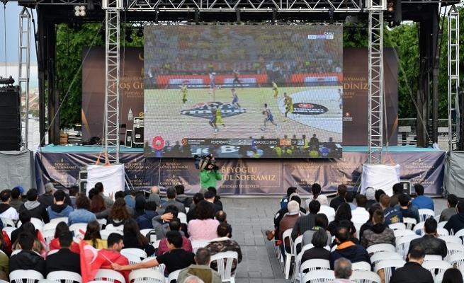 Taksim Meydanı'nda Dev Ekranda 'Final Four' Heyecanı