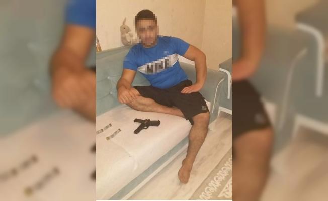 Ataşehir'de silahlı maganda gözaltına alındı