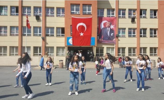 Eyüpsultan Cumhuriyet Ortaokulu