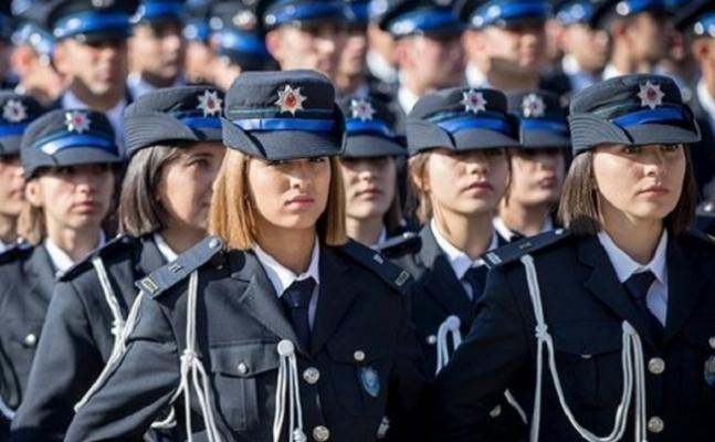 İstanbul'da 2 bin 10 yeni polis göreve başladı