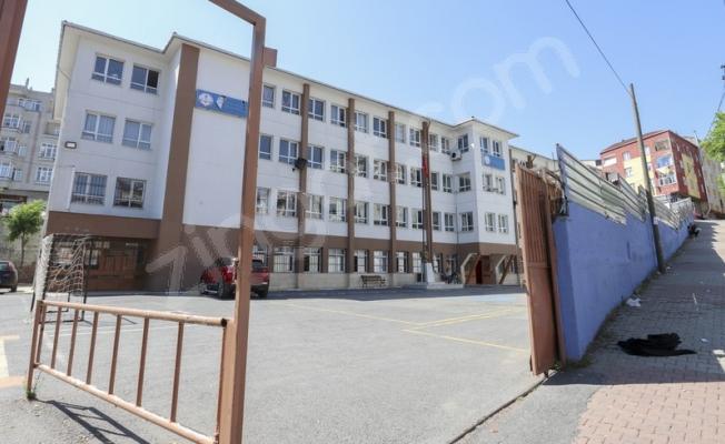 Şehit Öğretmen Mustafa Gümüş Ortaokulu