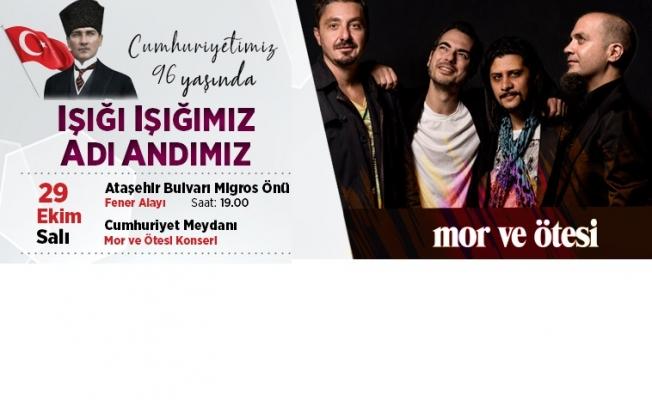 Ataşehir'de Cumhuriyet'in 96. Yıl Dönümü 'Mor ve Ötesi' konseriyle kutlanacak