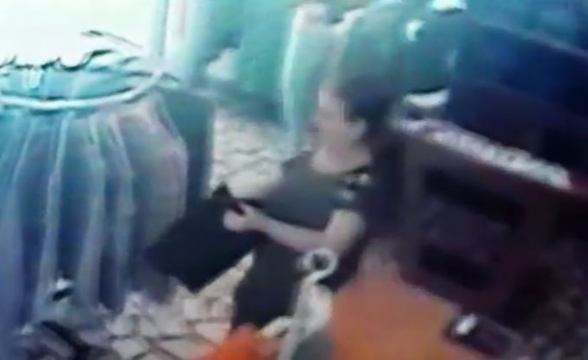 Sultangazi'de hırsızlık olayı kameraya yansıdı