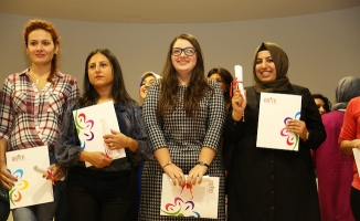 """Ataşehir ABİM""""de yeni mezunlar için sertifika töreni düzenlendi"""