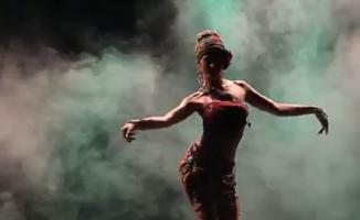 Göbek dansını sanata dönüştürmüş