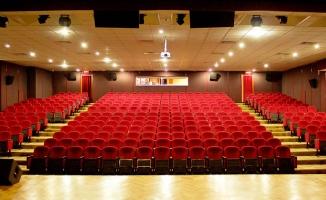 Beşiktaş Özel Tiyatro Sahneleri