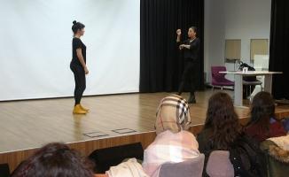 Beyoğlu'nda ücretsiz İşaret Dili Kursu