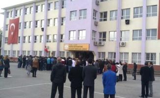 Ataşehir R. Bayraktar Ticaret Meslek Lisesi