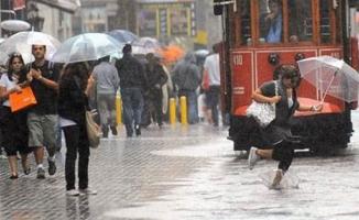 Meteoroloji ve AKOM dan pek çok il ve bölge için kuvvetli yağış uyarısı