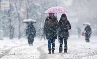 Ve tarih verildi! İstanbul'a kar ne zaman yağacak?
