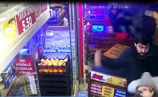 Kadıköy'de terör yandaşlarından isyan ettiren dayak
