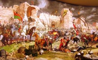 Osmanlı, sefere Eyüp Sultan'da dua ederek çıkardı