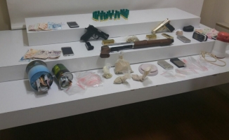 Gaziosmanpaşa'da lüks rezidansta uyuşturucu operasyonu