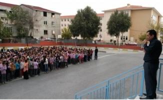 Milli Eğitim Vakfı Nihat Çandarlı Ortaokulu Nerede