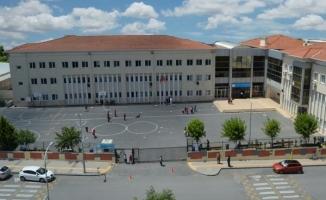 İBB Şair Erdem Bayazıt Ortaokulu Nerede Yol Tarifi