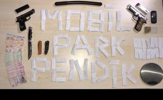Pendik'te Mobil Park timlerinden uyuşturucu operasyonu