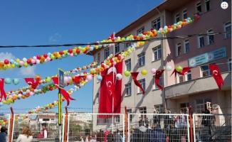 İhsaniye İhsan Akdoğan Ortaokulu Nerede