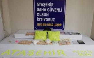 Ataşehir'de uyuşturucu evine operasyon düzenlendi