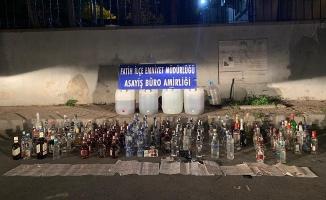 Fatih'te kaçak içki operasyonu