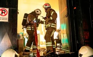 Esenyurt Isıso Sanayi Sitesinde korkutan yangın