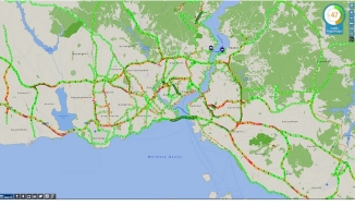 İstanbul'da okullar açıldı trafik yoğunluğu arttı
