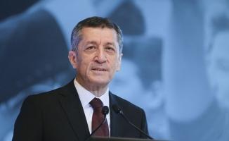 Milli Eğitim Bakanı Selçuk'tan okul tatili açıklaması