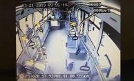 bSancaktepe#039;de halk otobüsü kazası: 1 ölü 2 yaralı/b