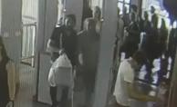 bİstanbul metroda hırsızlık alarmı/b