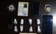 bGece Kartalları Bağcılar#039;da uyuşturucu satıcılarını suçüstü yakaladı/b