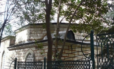 Kubbesinde Tabut olan tek camii